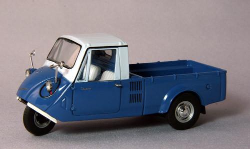 Ebbro 44006 Mazda T600 1962 (Blue/White) 1/43 Scale