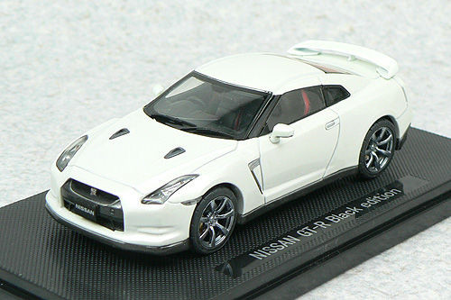 Ebbro 44101 NISSAN GT-R R35 Black Edition White 1/43 Scale