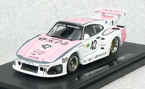 Ebbro 44302 Italya Porsche 935 K3 Le Mans 1980 (White/Pink) 1/43 Scale