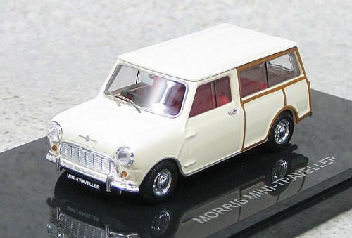 Ebbro 44499 Morris Mini Traveller (White) 1/43 Scale