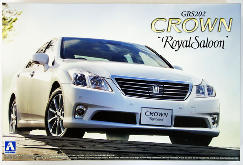 Aoshima 49389 Toyota Crown Royal Saloon (GRS202) 2010 1/24 Scale Kit