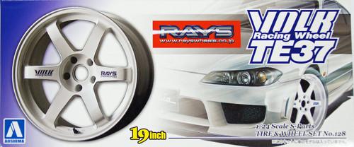 Aoshima 10013 Tire & Wheel Set No. 128 Volk Racing Wheel TE37 (White) 19 inch 1/24 Scale Kit