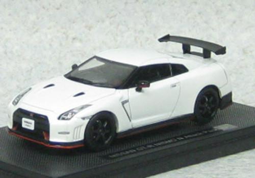 Ebbro 45162 Nissan GT-R NISMO N Attack (Brilliant White Pearl) 1/43 Scale
