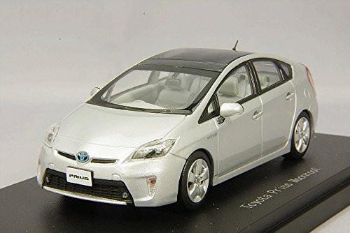 Ebbro 45149 Toyota Prius Moonroof Silver Metallic 1/43 Scale