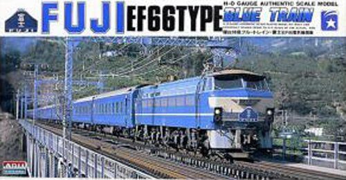 Arii 708019 Fuji EF66TYPE Blue Train 1/80 Scale Kit