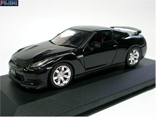Fujimi 152073 FDM NISSAN GT-R R35 Super Black 1/43 Scale