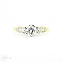 Traditional Single Stone Diamond Engagement Ring, Tapered Solitaire Diamond Ring. Circa 1930s, 18ct & PLAT.