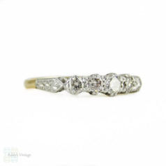Five Stone Diamond Engagement Ring, Graduated Round Brilliant Cut Diamonds. Circa 1930s, 18ct & Platinum Engraved Setting.