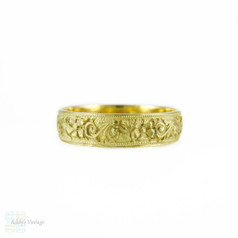 Vintage Hand Engraved Ring, Art Deco Floral Engraving 15ct Gold Wedding Band. Size F / 3, Child's Ring.