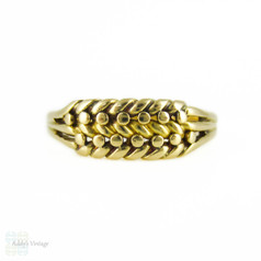 Antique 18ct Keeper Ring, Edwardian Braided 18k Gold Band. Circa 1900s.
