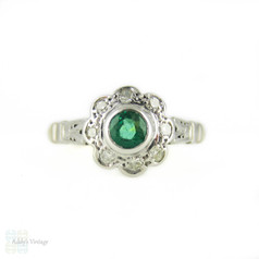 Vintage Emerald & Diamond Engagement Ring, Daisy Flower Halo. 18ct Gold, Circa 1960s.