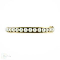 Cultured Pearl Bangle Bracelet, 1960s Vintage 9ct Yellow Gold Bracelet.