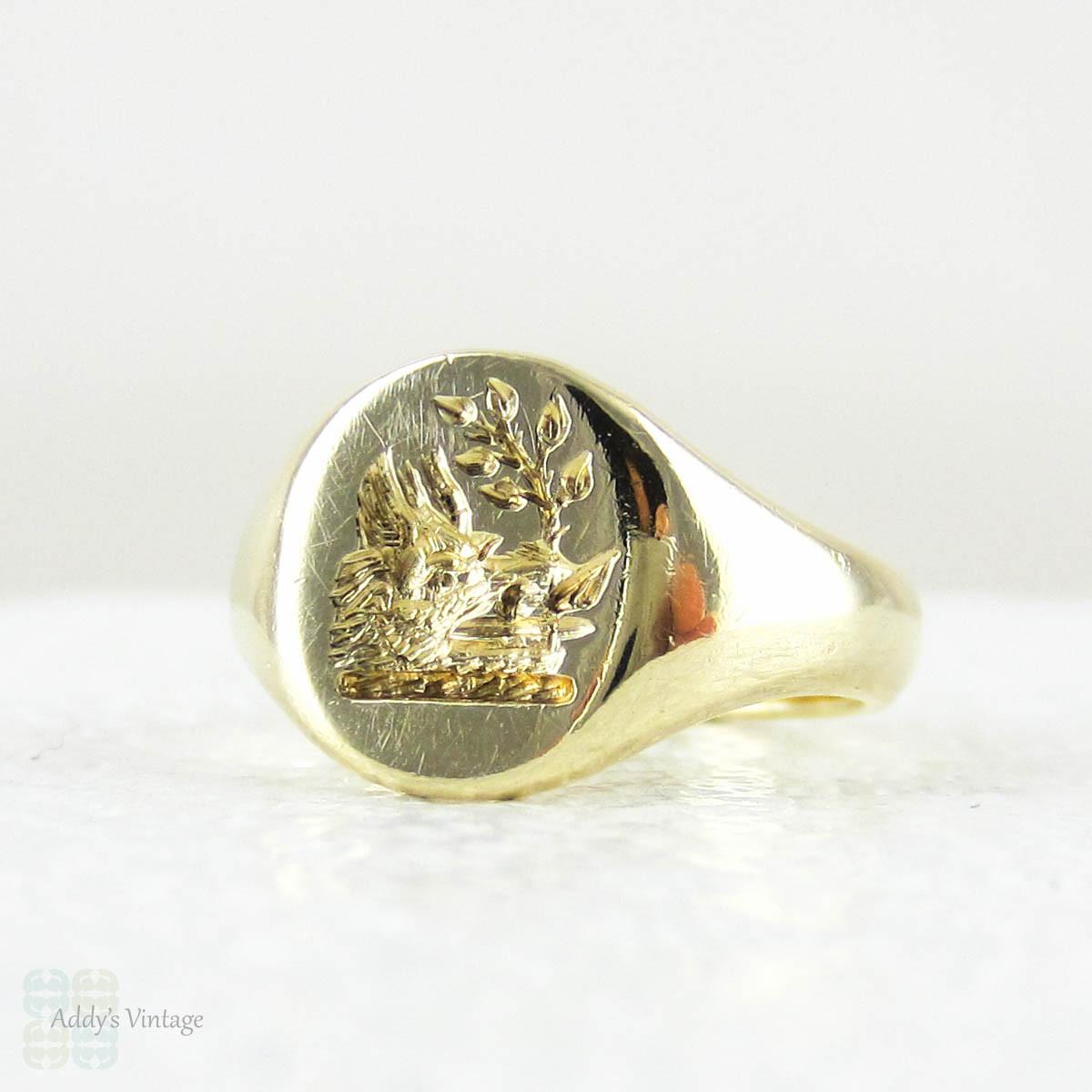 Estate Yellow Gold Signet Ring In 9 Carat Yellow Gold
