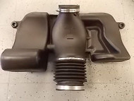 NEW 1997 Corvette C5 Duct Air Intake Cleaner System & Silencer GM 25169371