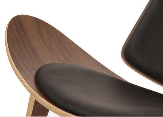 artemis-lounge-chair-walnut-with-black-leather-close-up.jpg
