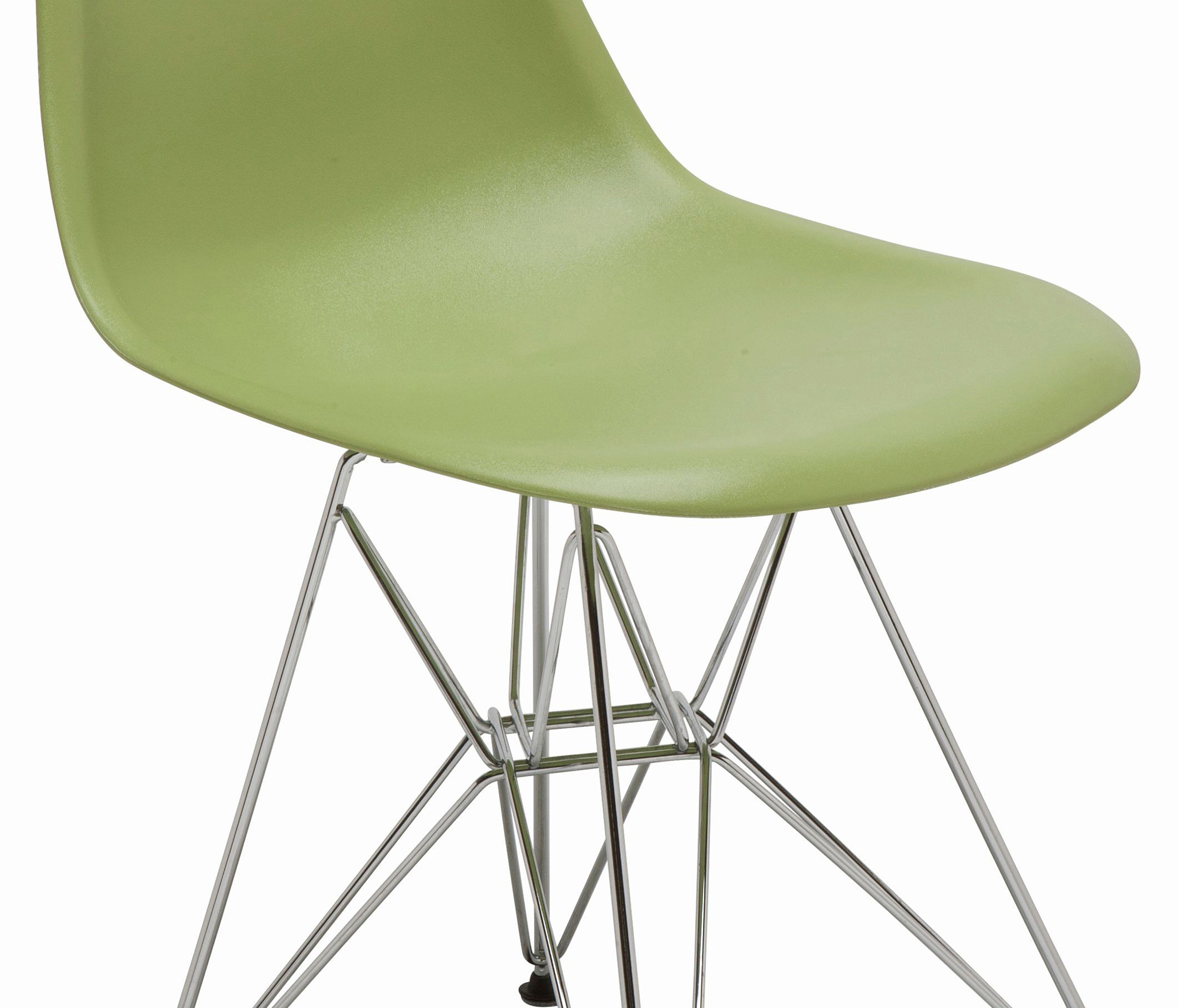 the nuevo max dining chair in green