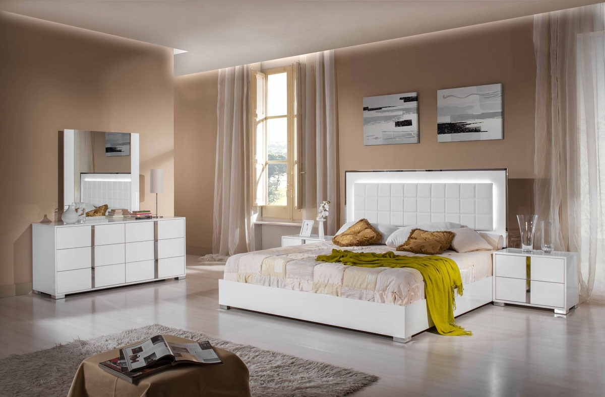 san-francisco-bedroom-set-white-copy.jpg