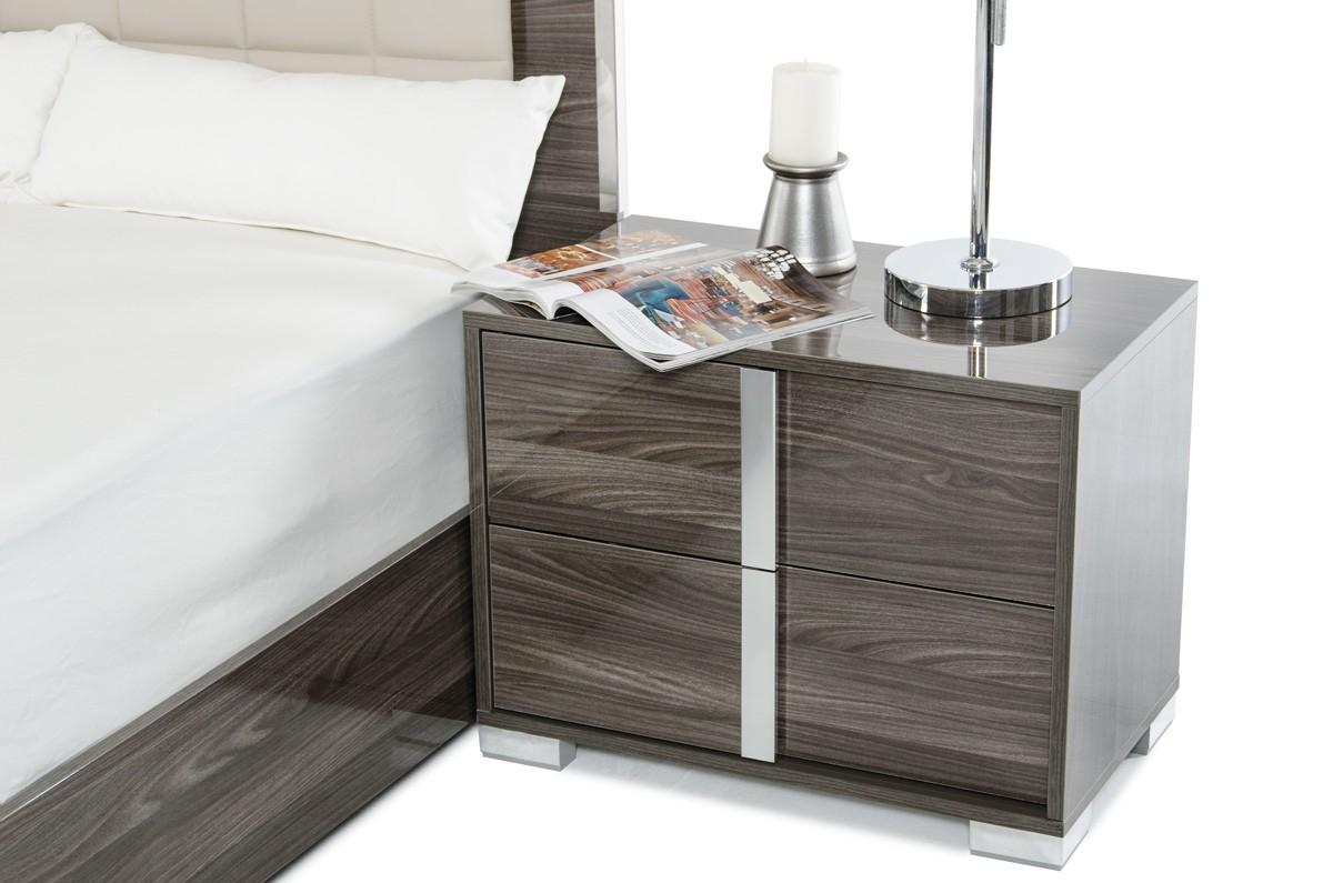 san-francisco-gray-bedroom.jpg