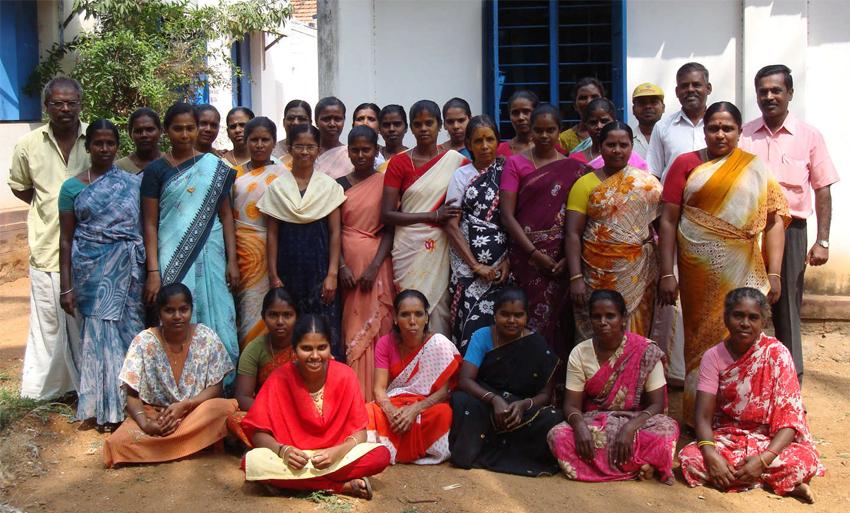 aof-weavers-tamil-nadu.jpg