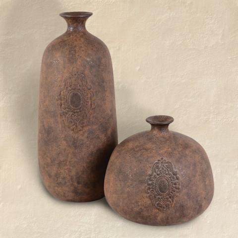 2 Terracotta Medallion Vases Set Of 2 Bellasoleil
