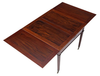 Gillows Victorian mahogany extending dining table