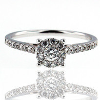 18kt Diamond Cluster Ring