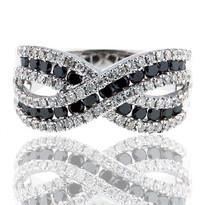 18kt White Gold Diamond Cluster Ring