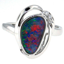 14kt White Gold Opal Ring with Dia