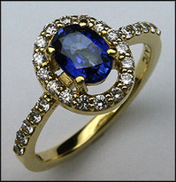 18kt Sapphire Ring with Diamonds