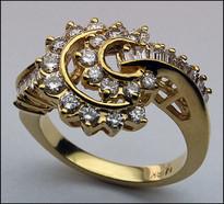 18kt Double Twist Diamond Ring