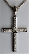 1.74ct Diamond Cross set in 14kt White Gold
