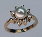 14kt Gold Cultured Pearl Ring with Diamonds