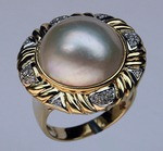 Mobe Pearl and Diamond Ring