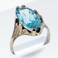 4.22ct  Aquamarine Ladies Ring