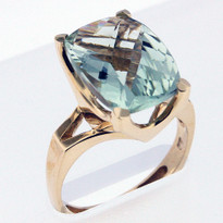 5.8ct Green Amethyst Yellow Gold Ring