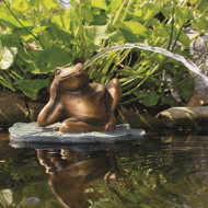 Aquascape Lazy Frog on Lily Pad Spitter w/pump 78017