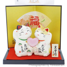 Japanese Culture Mascot Ceramic Lucky Cat Maneki Neko Couple Love Fuku Figurine Made in Japan