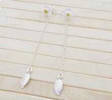 Releaserain Artist Handcrafted Jewelry S925 Sterling Silver 2-Way Daisy Flower Stud Chain Leaf Dangle Earrings