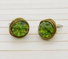 Releaserain Artist Handcrafted Jewelry Natural Green Crackle Quartz Stone Gemstone Bead Antique Bronze Copper Wire Wrapped Stud Earrings