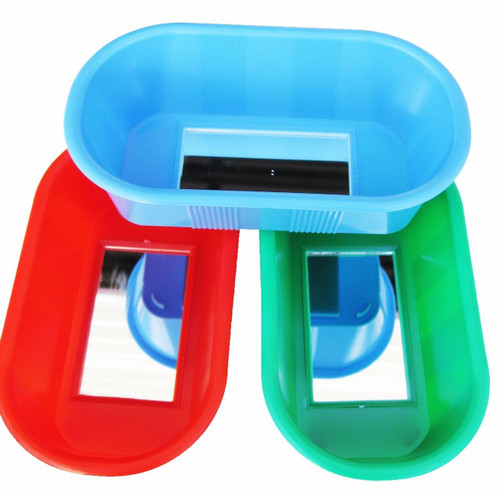 1424 Bird Bath will help bath time become fun time, a colored plastic tub with a bird safe mirror in the base will keep your small feathered friends squeaky clean.