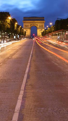 Arc de Triomphe A La Nuit