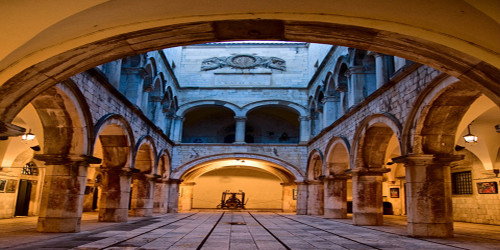 Arched Court Wide Format