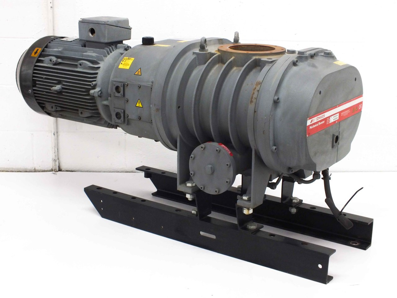 Edwards eh2600 vacuum pump with brook compton w da160m8 h for 15 hp 3 phase motor
