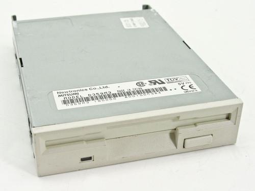 "Mitsumi/Newtronics  1.44 MB 3.5"" FDD 190000 D359M3"