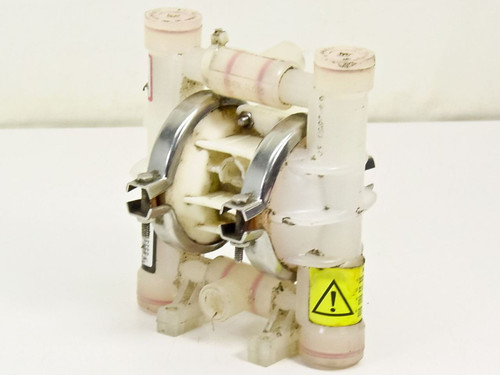 "Wilden 1/4"" Pneumatic non-solenoid double-diaphragm pump (M.025)"