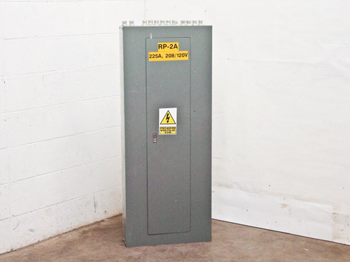 Square D 225 Amp 208Y 120 VAC 3Ph 4W 42 Circut Panelboard (NQOD)