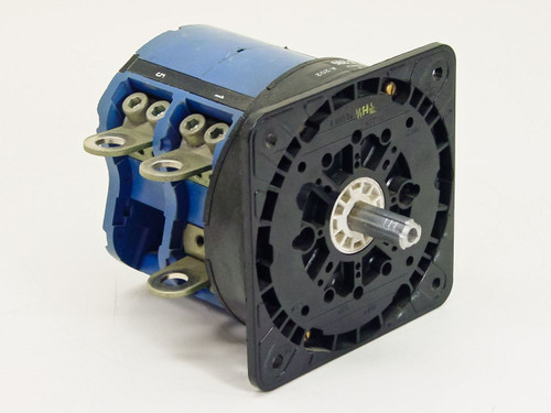 Kraus & Naimer  VDE 0660-BS 587  60HP 3 Phase 200 Amp 600 VAC Switch C205