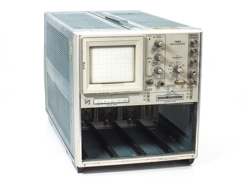 Tektronix 7904  500 MHz Oscilloscope without Plugins - No Power