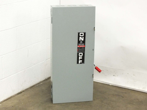 GE TH3364  Disconnect / Safety Switch Enclosure 600VAC 200A Phase-3 70A Fuses