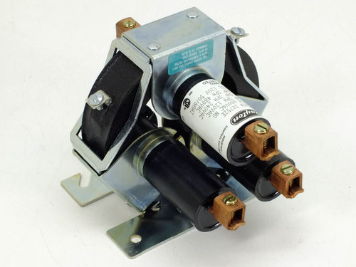 Dayton 3X752E  3 Pole Mercury Displacement Relay
